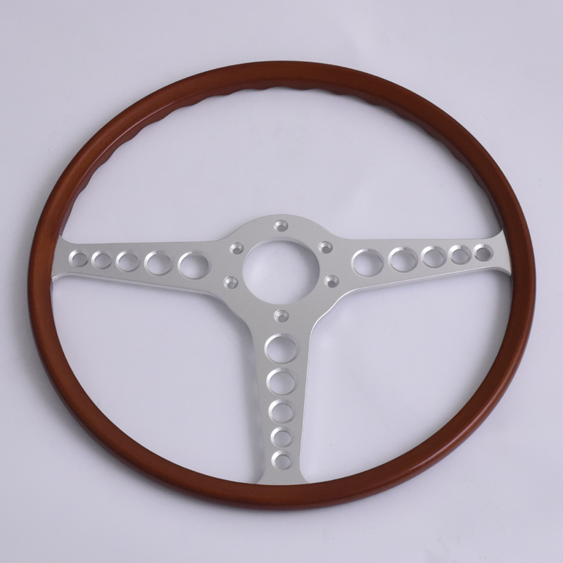 Reproduction Original Steering Wheel 16 inch for Jaguar E-type Featured Image